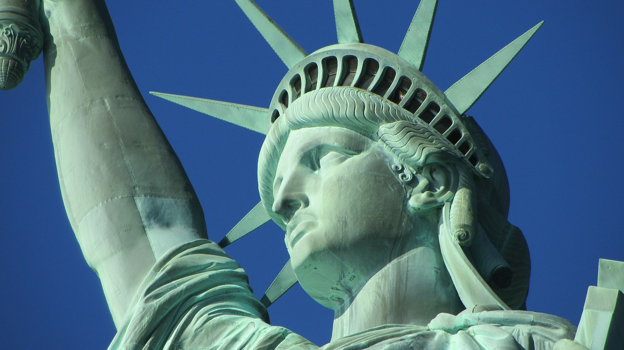 3 Reasons to take a Statue of Liberty Helicopter Tour